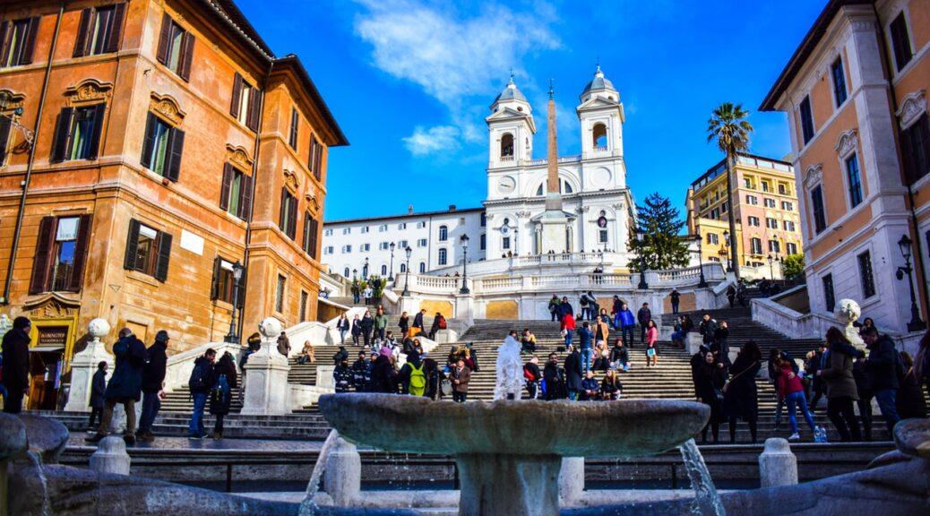 Trapper i italien lige ved kirke